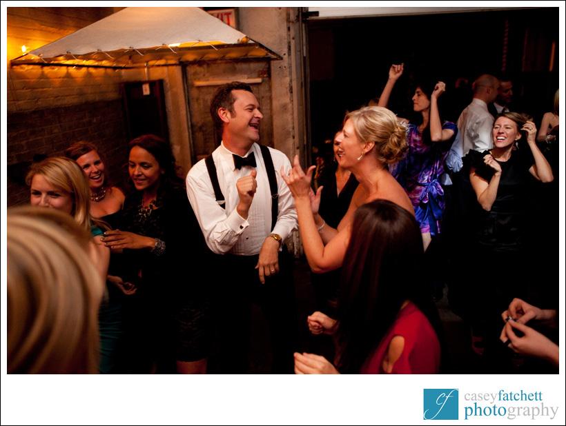 bride and groom dancing public restaurant manhattan nyc