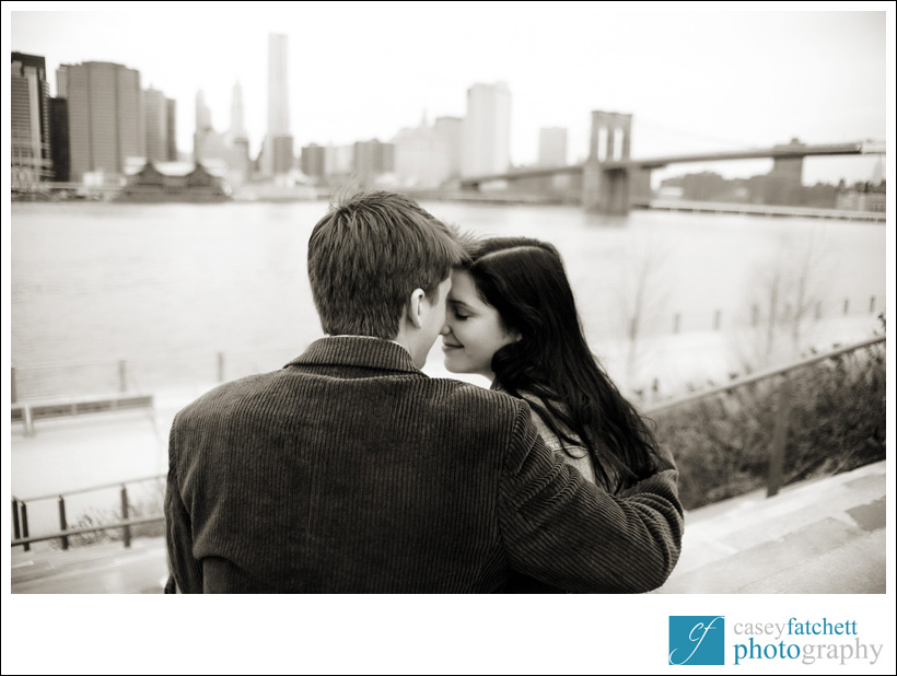 brooklyn bridge engagement photo session nyc