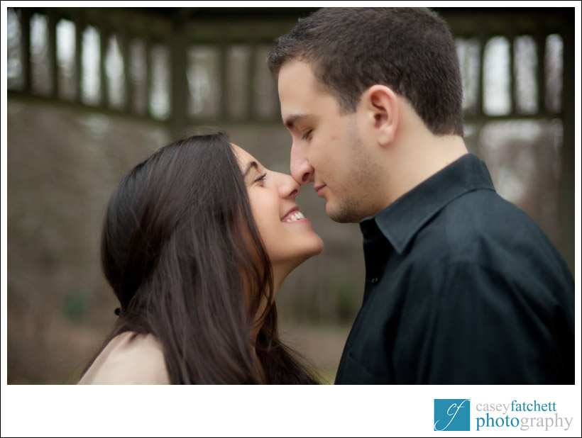 engagement photos outdoors