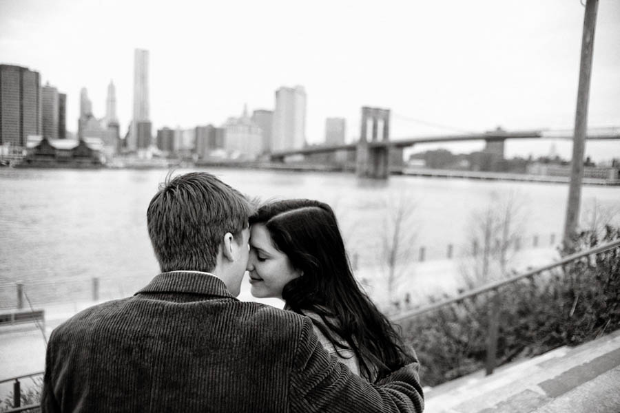 NYC wedding photographer giving away free couples portrait session