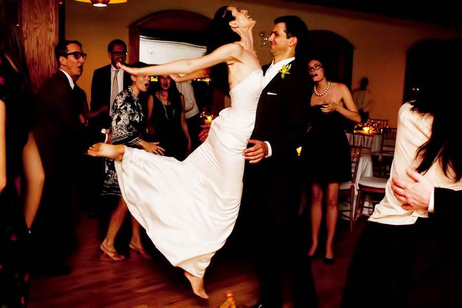 nyc-brooklyn-libertywarehouse-wedding-caseyfatchettphotography-034