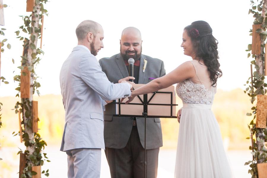 hudson-valley-music-festival-inspired-wedding-42
