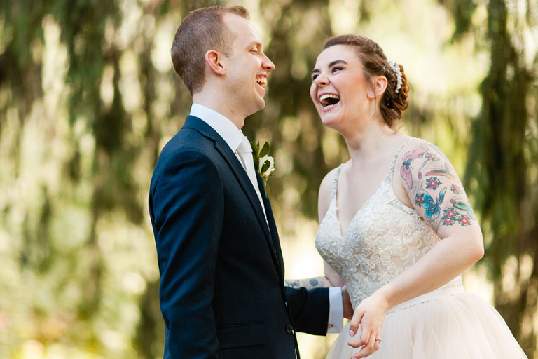How to not feel awkward in wedding photos