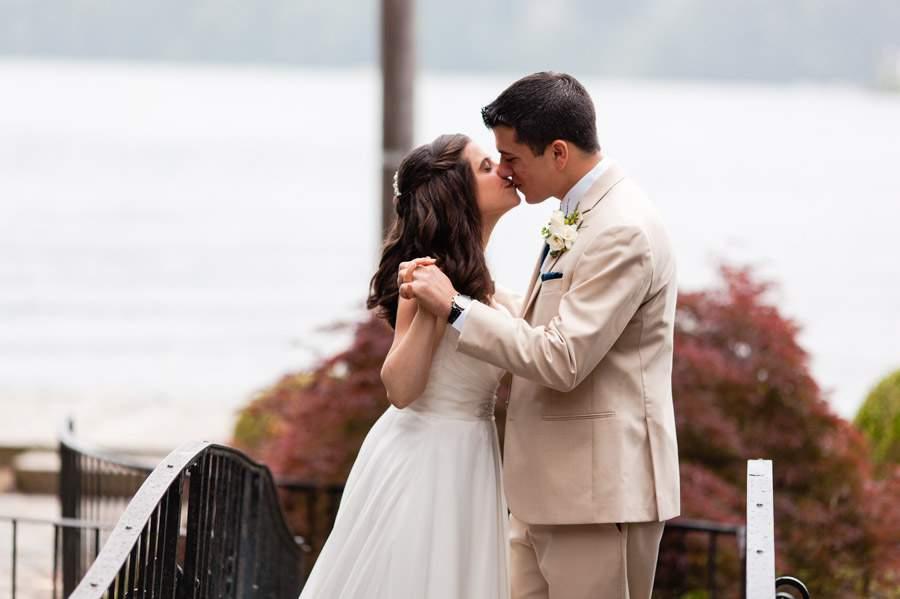 New Jersey wedding - Lake Mohawk Country Club - photo by Casey Fatchett Photography - fatchett.com