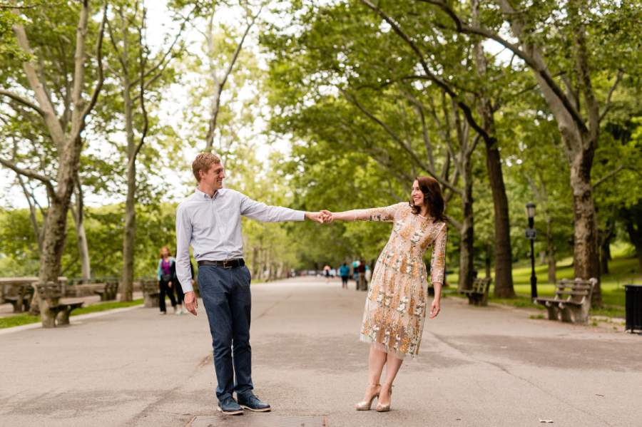 Upper West Side Riverside Park engagment photo session - photo by Casey Fatchett - fatchett.com