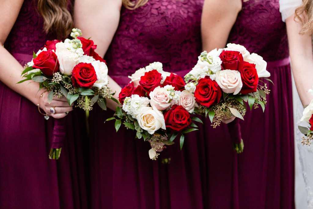 wedding flower photos by Casey Fatchett - https://fatchett.com