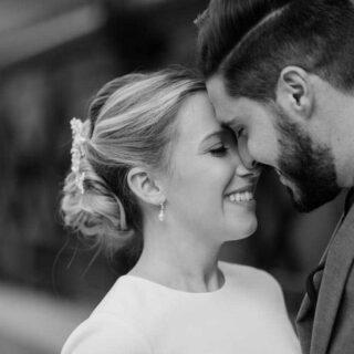 candid emotional natural wedding photos