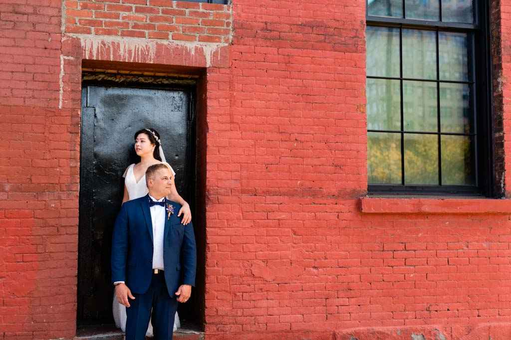 bride and groom DUMBO brooklyn wedding portrait photos